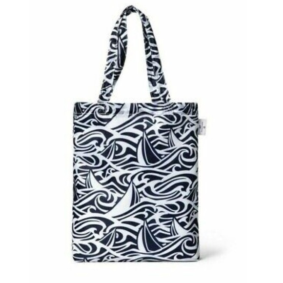 Vineyard Vines Handbags - Vineyard Vines for Target reusable bag